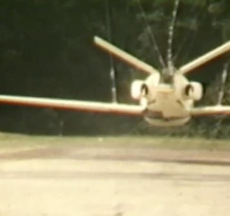 2003 | Voir les avions tomber | conception sonore pour video